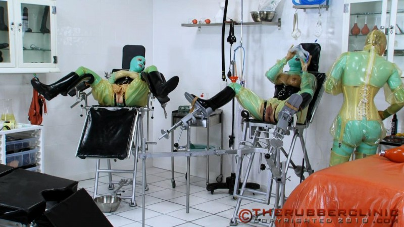 Rubber Gyno Piss Twins. Non-Stop Pissing Action.  Therubberclinic com (156 MB)