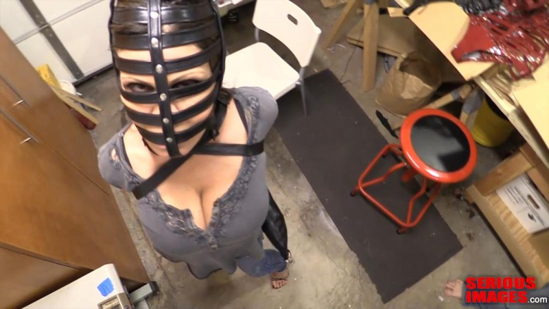 Christopher_Visit_Ashley_Renee_And_Company_Part1.mp4_snapshot_02.29_[2016.01.09_17.00.09]