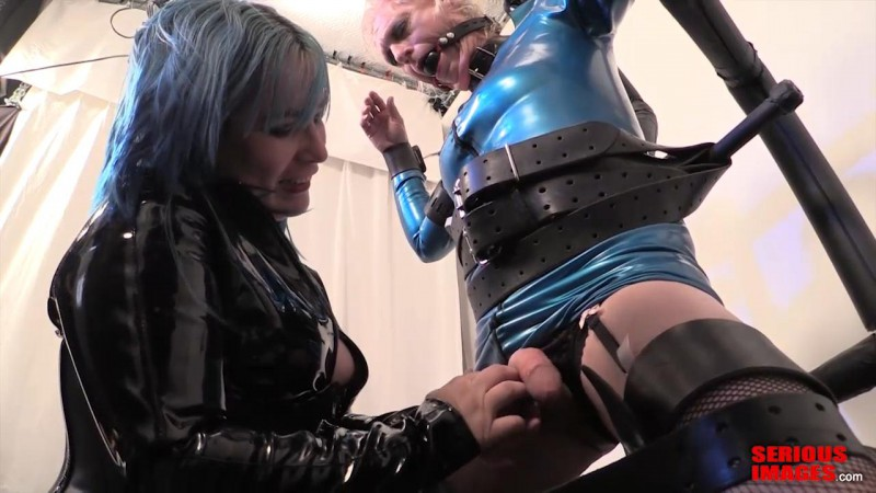 Mistress_Alice_and_Bobbie_Birthday_Candles_Part2.mp4_snapshot_04.41_[2016.01.10_23.19.30]