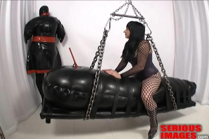 Mistress Gwen, Onyx – Black Rubber Bag. Apr 25 2012. Seriousimages.com (161 Mb)