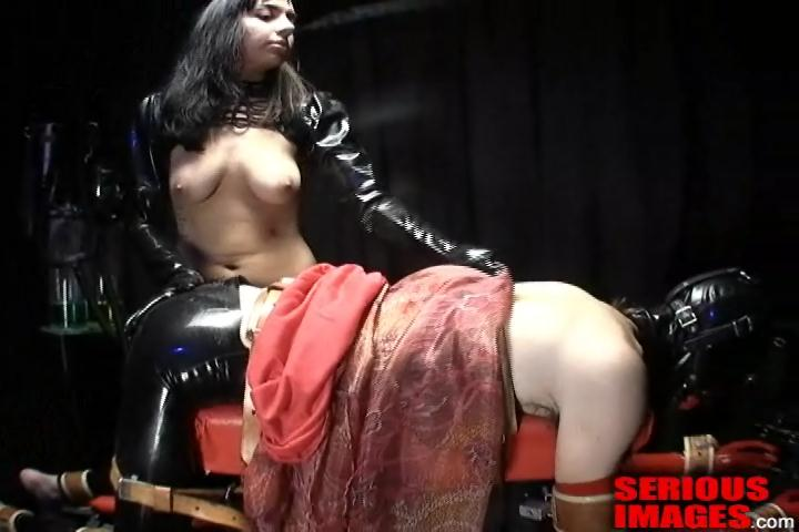 Spanking Bench Bitch. Jan 27 2013. Seriousimages.com (133 Mb)