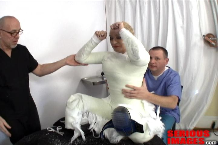 SubMissAnn Slave Position Fiberglass Encasement. Jan 20 2011. Seriousimages.com (361 Mb)