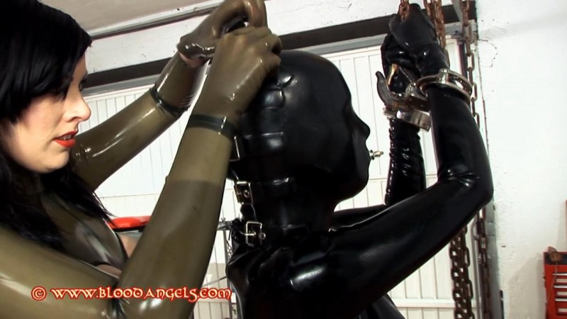In The Workshop – Amarantha And Alexis Part One (Clip 291). Jul 15 2013. Bloodangels.com (339 Mb)