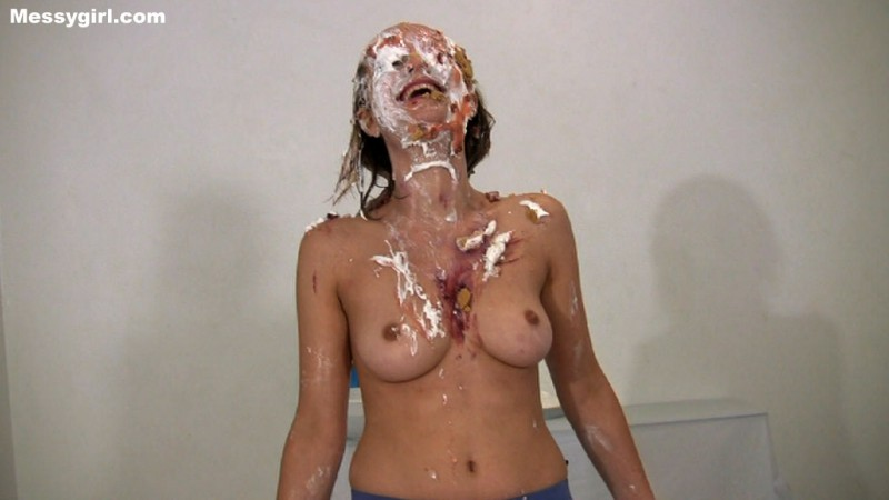 Justine Becomes a Messygirl. Oct 26 2015. Messygirl.com (588 Mb)