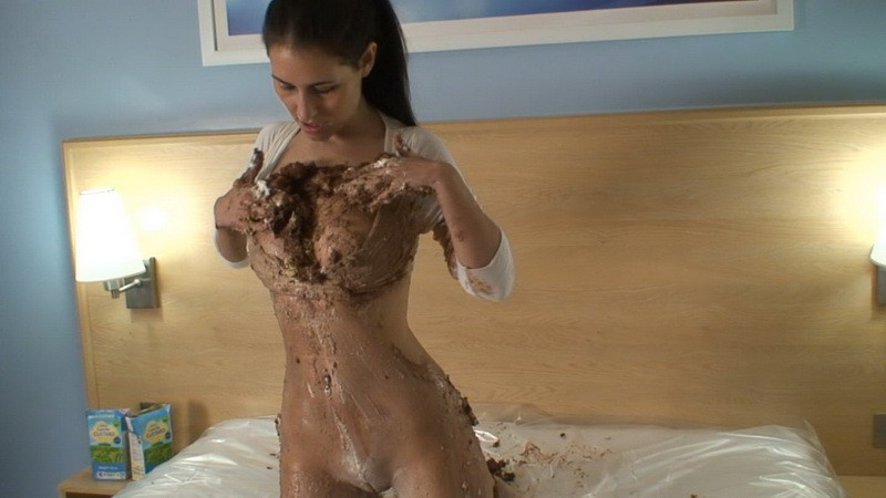 Motel Cakes – Jess West (mav556n). Feb 02 2014. Messyangel.com (434 Mb)
