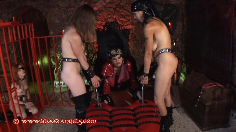 Pirates – Venus Black, Chastina, Carina And Alexis Part One (Clip 263). Jan 31 2013. Bloodangels.com (436 Mb)