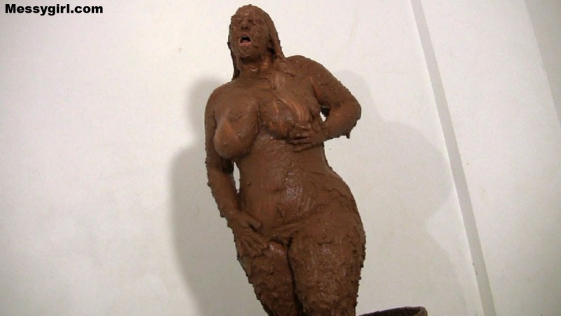 girl in chocolate bath porn