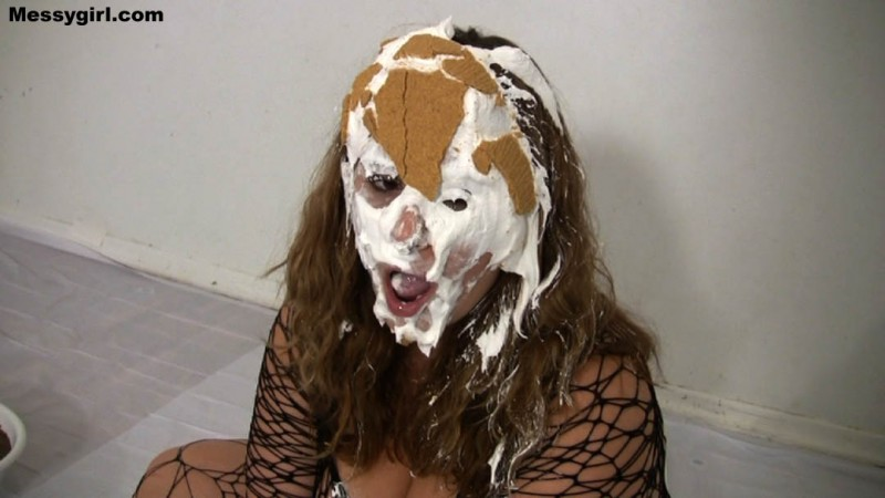 Vicky is Bound and Messy. Dec 14 2014. Messygirl.com (155 Mb)