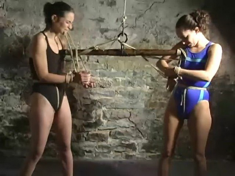 A Predicament with Amber Rayne and Maya Matthews. BackDoorBondage.com (454 Mb)