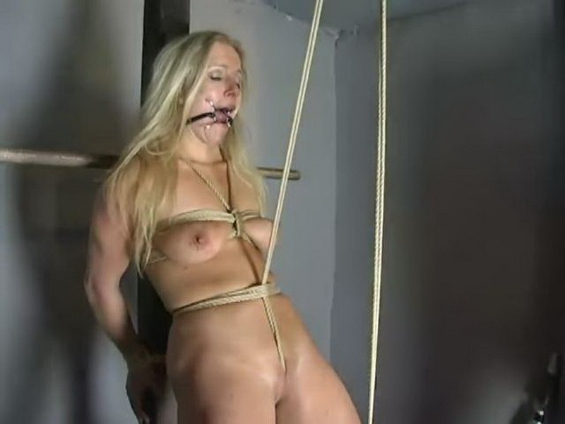 Bound and Impaled – Dia Zerva. BackDoorBondage.com (79 Mb)