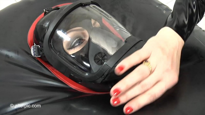 Inflatable Bag and Electrostim - Anna Rose and Amarantha LaBlanche Part 2. Mar 18 2016. AlterPic.com (260 Mb)