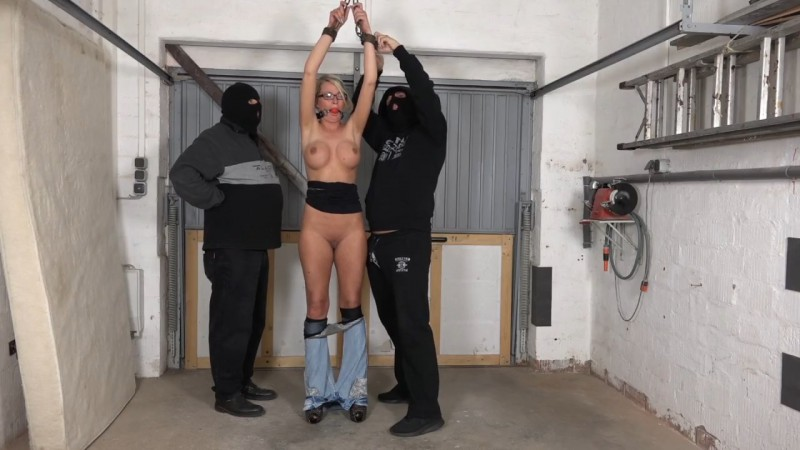 New slave girl. Apr 23 2016. Amateure-Xtreme.com (142 Mb)