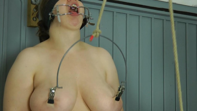 Nipple Tortur. Amateure-Xtreme.com (105 Mb)