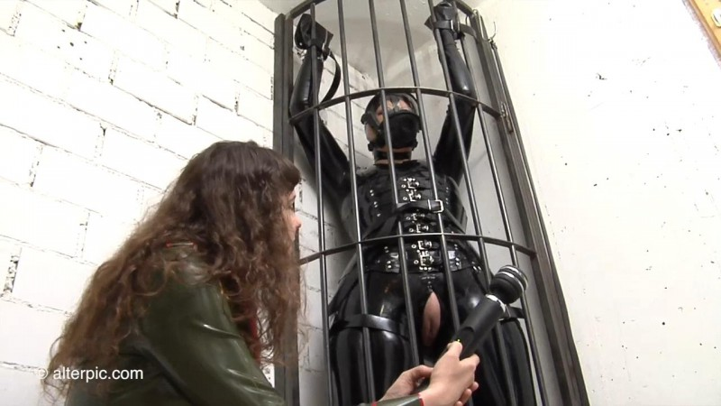 Tall Cage Butterfly - Anna Rose and Latex Lady. Sep 04 2015. AlterPic.com (522 Mb)