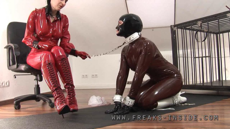 The Leather-Bodybag – Lady Seraphina And Mercedes Part Two. May 25 2010. Freaksinside.com (616 Mb)
