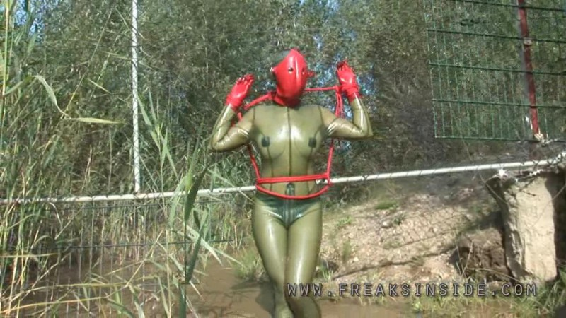 Smoky Green Rubber – Lady Seraphina And Mercedes Part Two. Nov 15 2010. Freaksinside.com (344 Mb)