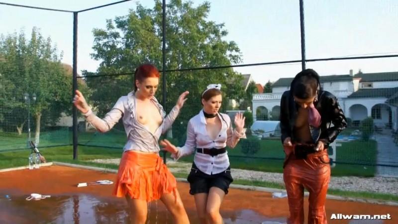 Pissed Off Wetlook Badminton Bunnies – Rachel Evans, Mischelle, Kety Pearl. 25.01.2012. AllWam.net (653 Mb)