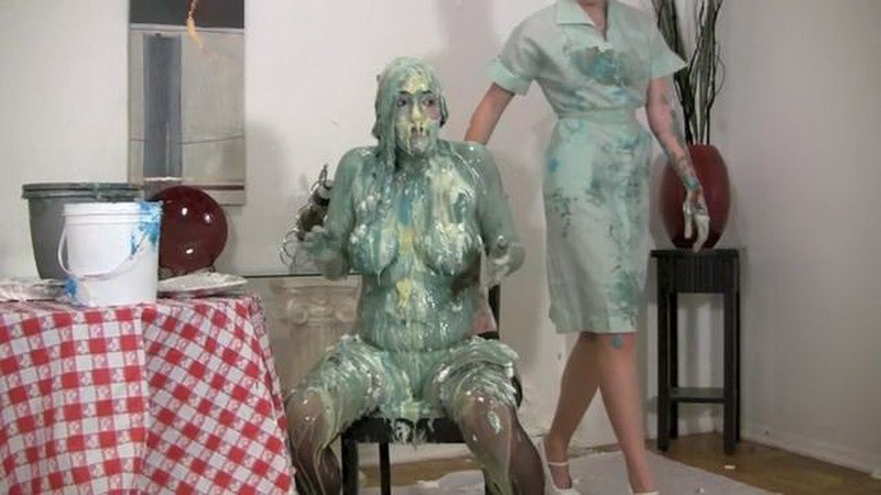 The Customer is Always Right 8 – Vika and MyPieRogative battle it out. May 30 2016. Messygirl.com (549 Mb)