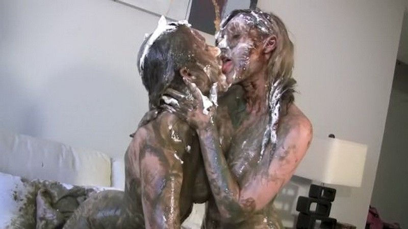 The Messy Prank – Penelope pulls a messy prank on Amy. Aug 15 2016. Messygirl.com (360 Mb)
