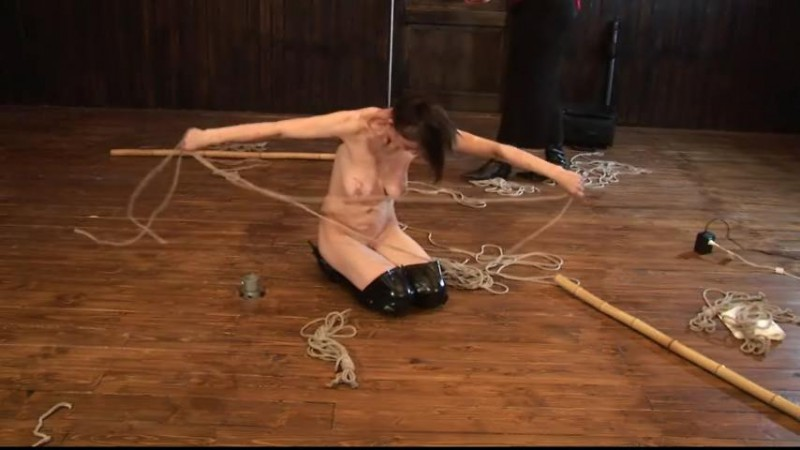 Hard Whipping Session for Slave Eva (TX161). Sep 09 2015. Toaxxx.com (206 Mb)