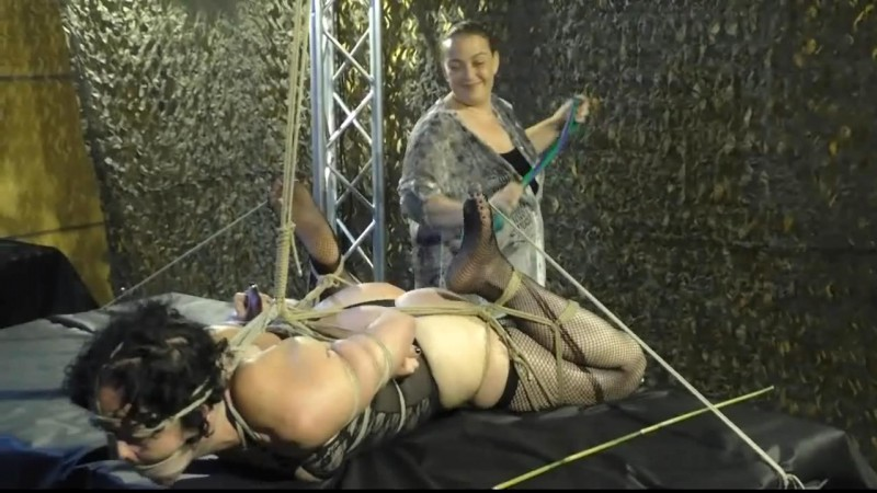 Public Torture Session for Minuit (TX219). Apr 02 2016. Toaxxx.com (454 Mb)
