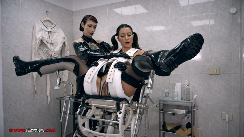 The Little Latex Girl – Minerva And Valentina Bianco Part One (Clip303). Dec 20 2016. Clinicaltorments.com (876 Mb)