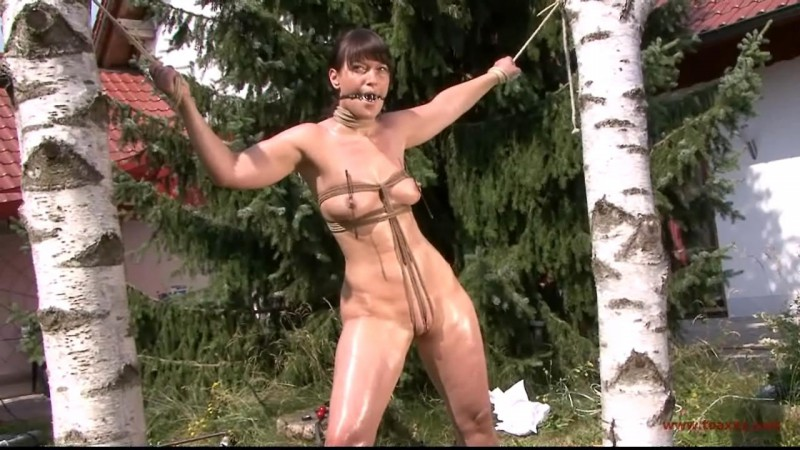 Yvette Outdoor Water Torture (TX148). Jul 25 2015. Toaxxx.com (404 Mb)