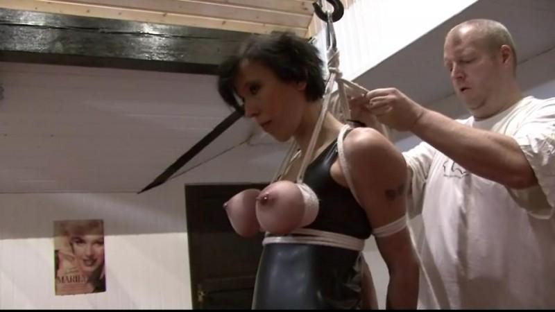 Breast Suspension Challenge for Slave Eva (TX035). Jan 18 2014. Toaxxx.com (230 Mb)