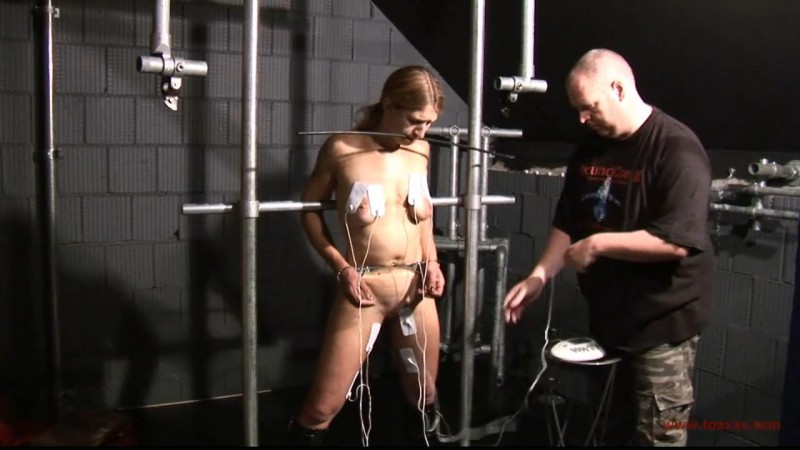 Heavy Steel Torture for Katharina (TX034). Jan 11 2014. Toaxxx.com (337 Mb)