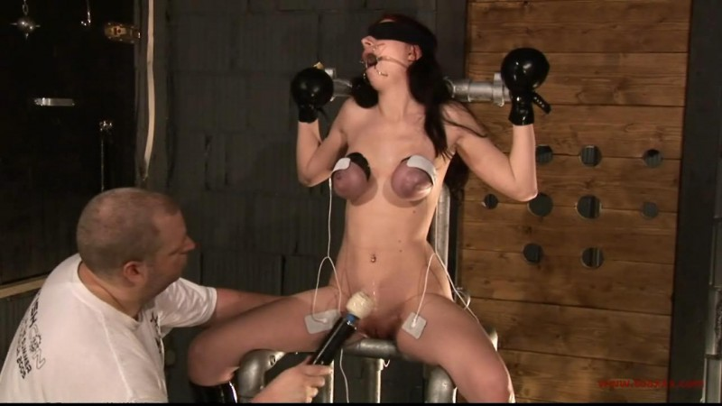 Sabrina in the Dungeon (TX039). Feb 15 2014. Toaxxx.com (268 Mb)