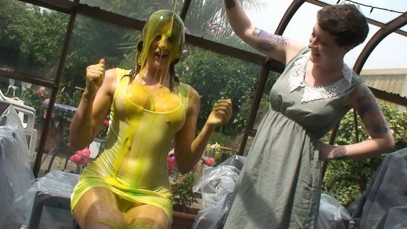 Jodie White Dress Gunge (mav057t). Aug 03 2016. Messyangel.com (293 Mb)