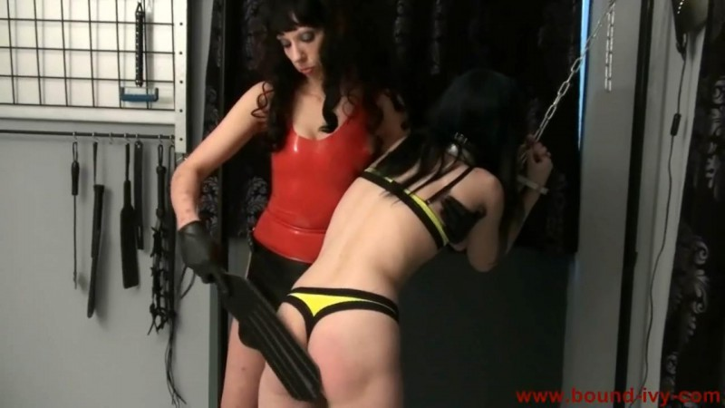 Red bottom spanking (Ivy0216). Bound-ivy.com (70 Mb)