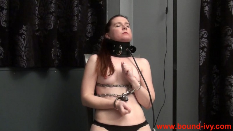 Fearing the inflatable collar (Ivy0357). Bound-ivy.com (118 Mb)
