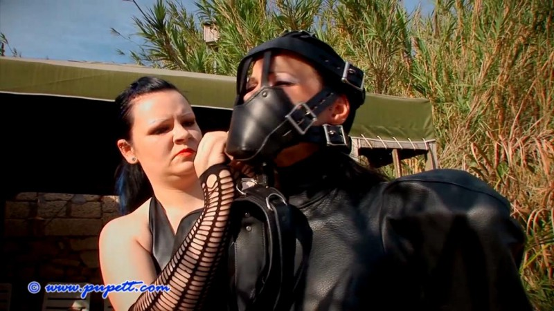 Caught In The Act – Susanna Deathstar And Pupett Part Two (Clip281). May 28 2017. Pupett.com (377 Mb)