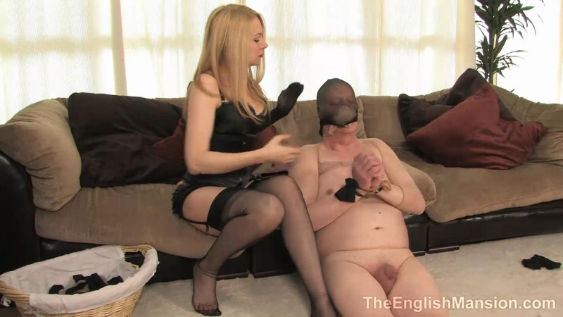 Bound In Nylons – Mistress Eleise. TheEnglishMansion.com (251 Mb)