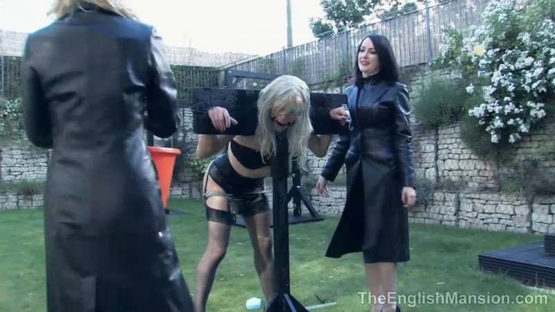 Garden Splosh – Miss Annalisa, Miss Jessica, Mistress Nikki, Mistress Rouge And The Hunteress. TheEnglishMansion.com (320 Mb)