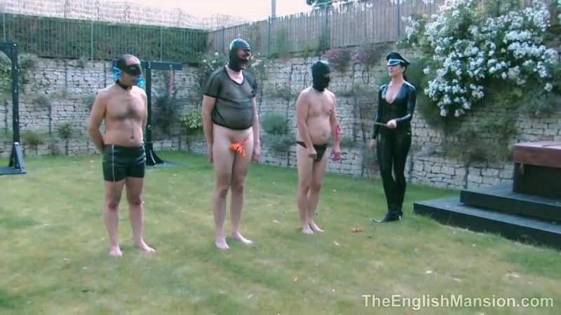 The Hunteress Games – Lady Nina Birch, Miss Annalisa, Miss Jessica, Mistress Nikki, Mistress Sidonia And The Hunteress. TheEnglishMansion.com (433 Mb)