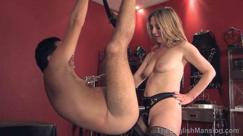 Her Electric Strapon – Mistress Sidonia. TheEnglishMansion.com (311 Mb)