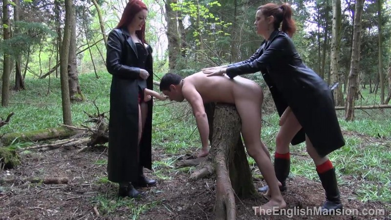 Woodland Spitroast – Miss Hendrix And Ms Savannah Sly. TheEnglishMansion.com (312 Mb)