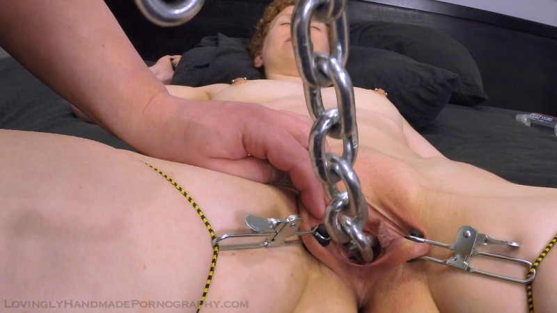 Hot Chain, Wide Open – Nina. Oct 07 2015. Lovinglyhandmadepornography.com (258 Mb)