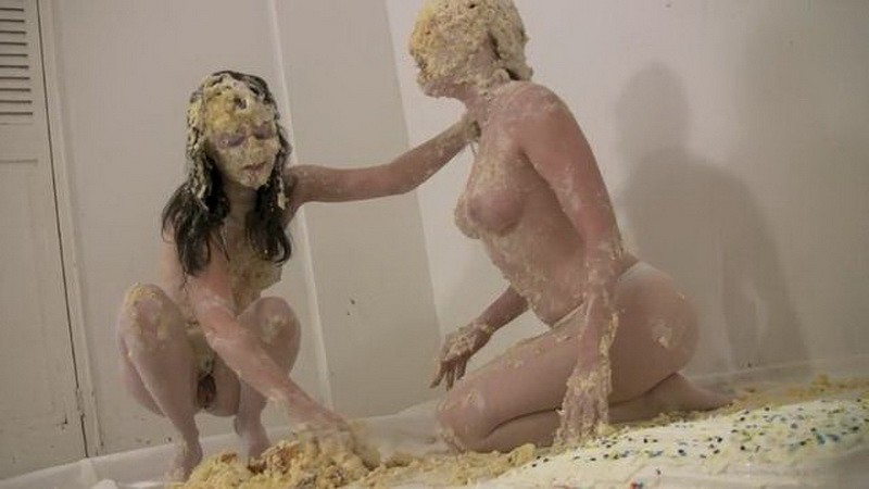 Naughty Cake Play – Amy and Penelope. Jul 24 2017. Messygirl.com (524 Mb)