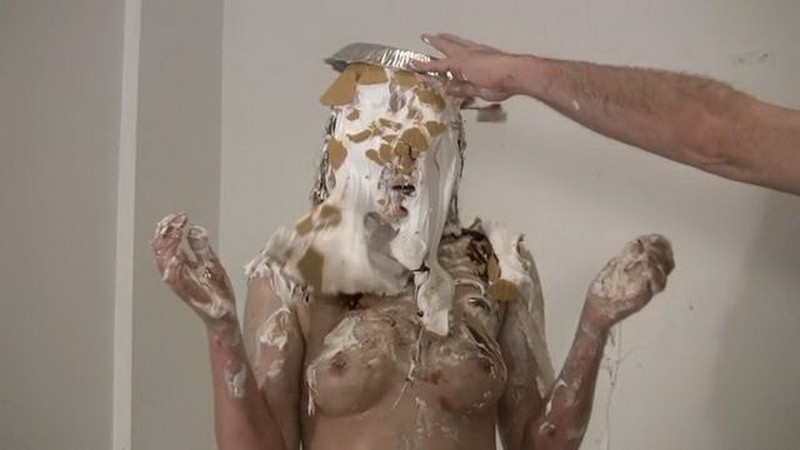 The Pied Taste Tester – Amber. Apr 17 2017. Messygirl.com (150 Mb)