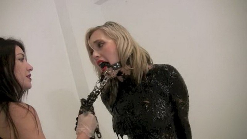 The Tarred and Feathered Cheerleader – Amy and Penelope. Jul 17 2017. Messygirl.com (254 Mb)