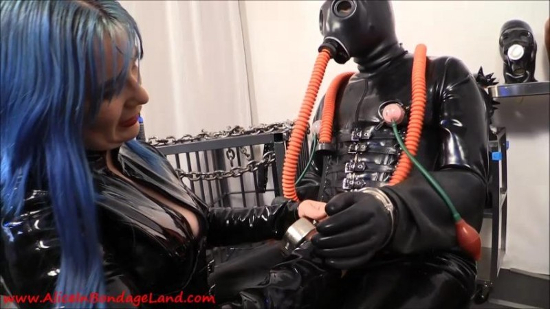 Serious Bondage Hazmat Gear – Layered Rubber Threesome. Nov 09 2015. AliceInBondageLand.com (596 Mb)