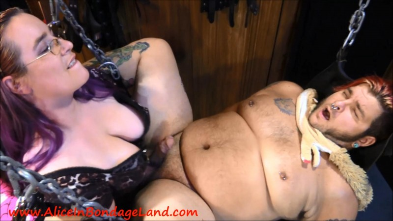 Pussy Worship Plus Pegging Cbt Blowjob – Special Treats For Zombie. Nov 21 2016. AliceInBondageLand.com (3756 Mb)