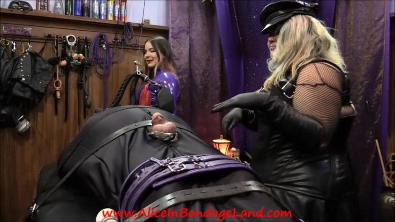 Sleepsack Gas-Mask Breath Control Bondage – Shinypet Ruined Orgasm Threesome. Oct 01 2017. AliceInBondageLand.com (1037 Mb)