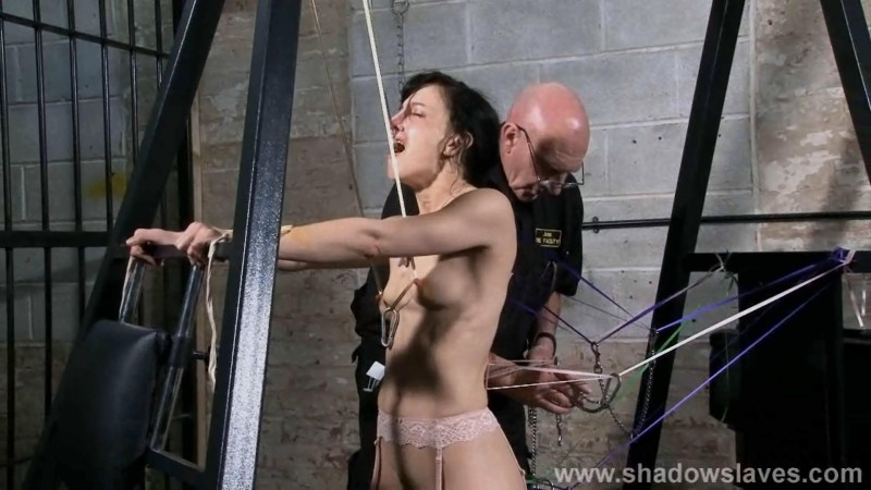 Slavegirl Elise Graves - Ribbons. ShadowSlaves.com (733 Mb)
