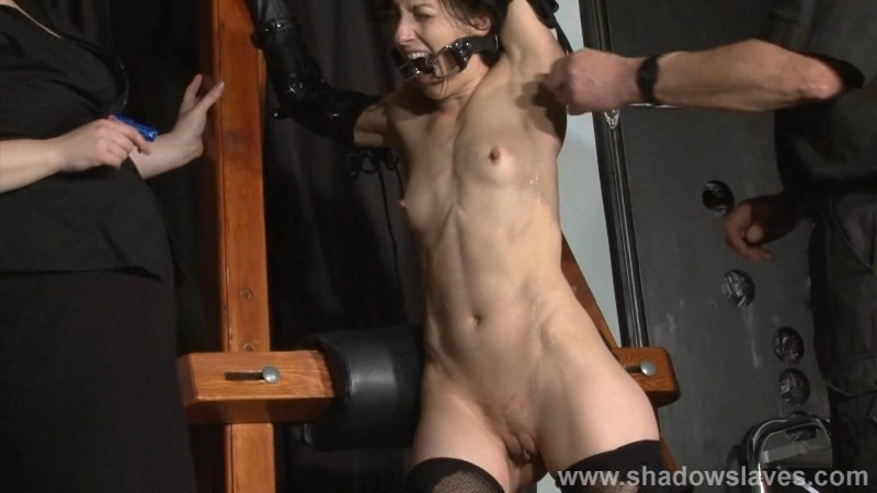 Slavegirl Elise Graves - Teamwork. ShadowSlaves.com (1066 Mb)