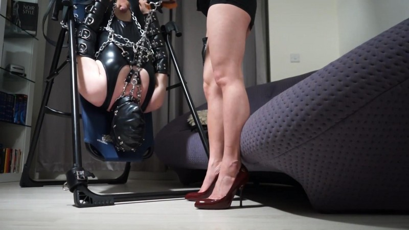 Chained and Forced to Worship. Goddess-Maya-Liyer.com (920 Mb)
