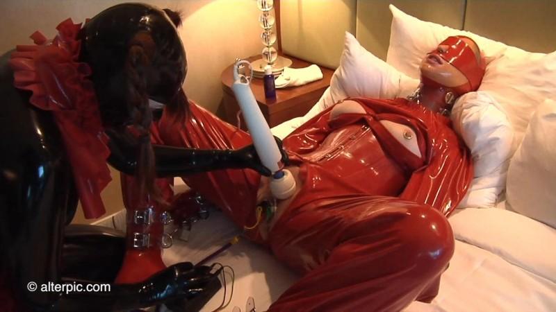 Electro GummiBear – Anna Rose, Miss Kitsch Part Two. Jun 24 2016. AlterPic.com (357 Mb)